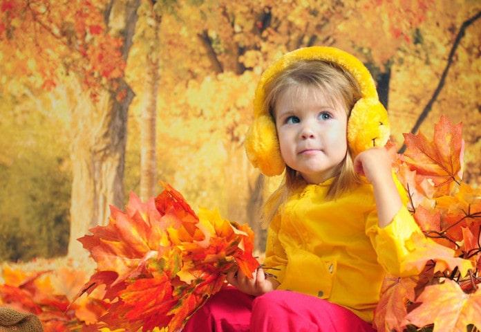 Как осенью одевать ребенка на улицу